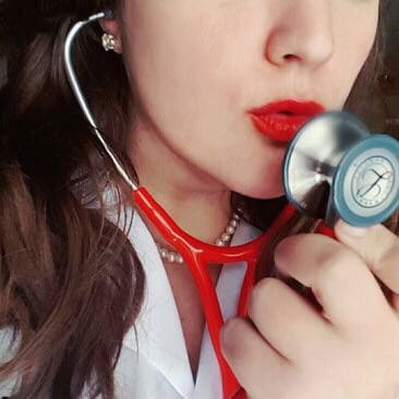 Surgery, lipstick, and the rise of #GirlMedTwitter